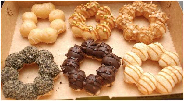 Mesin Pembuat Donut Bentuk Flower (listrik) 1 tokomesin solo
